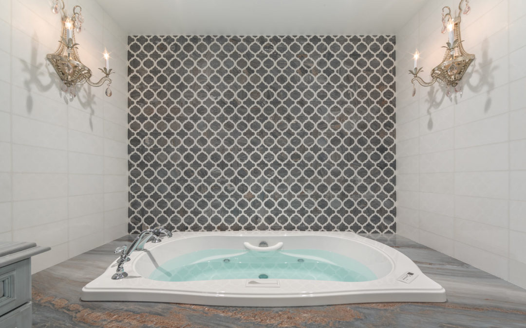 Using Mosaics Tile & Ceramic in Backsplashes